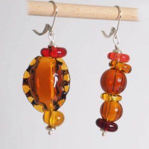 boucles d'oreilles en verre soufflé ambre