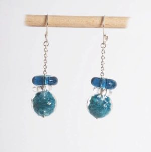 boucles d'oreilles en-verre soufflé bleues