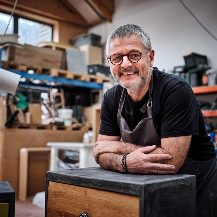 Portrait de Patrick Bourgeois spécialiste béton ciré